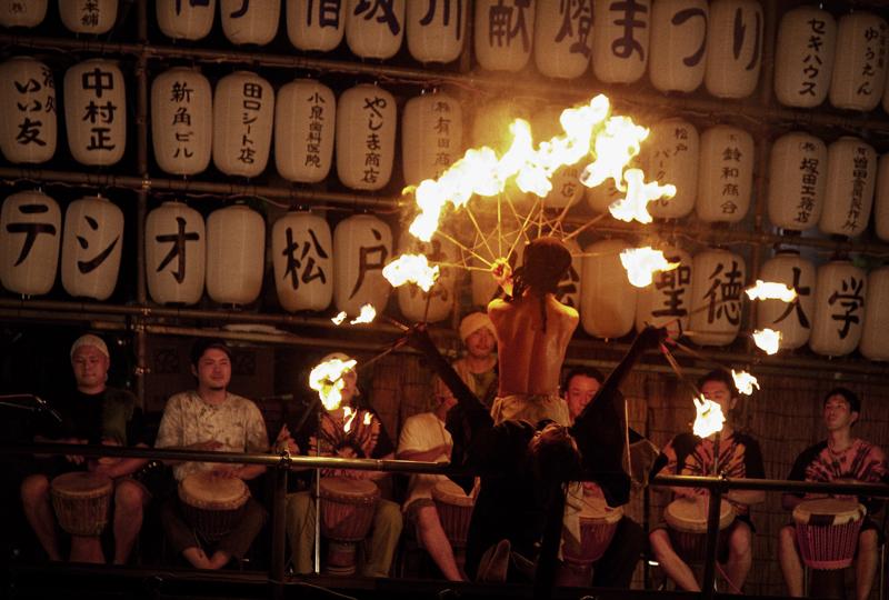 松戸宿坂川献灯まつり2013ファイアーダンス1nobiann