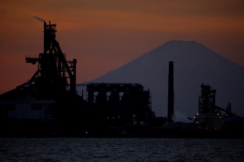 富士山と高炉の見える風景nobiann