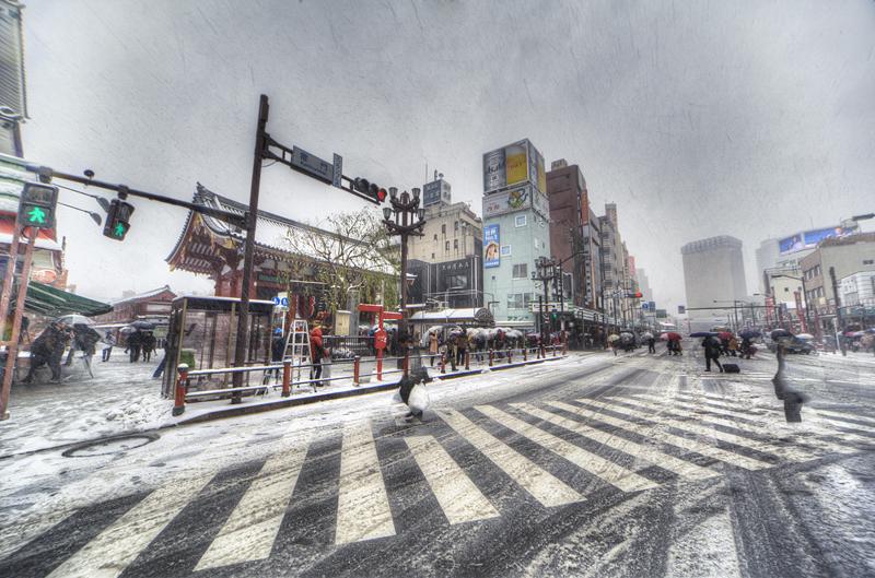 雪の浅草nobiann