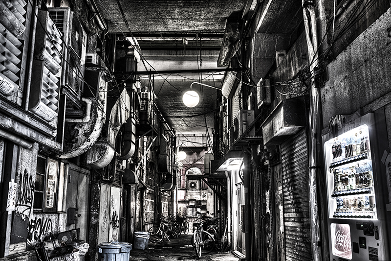 dirty alley ueno 2014 5d2-2nobiann