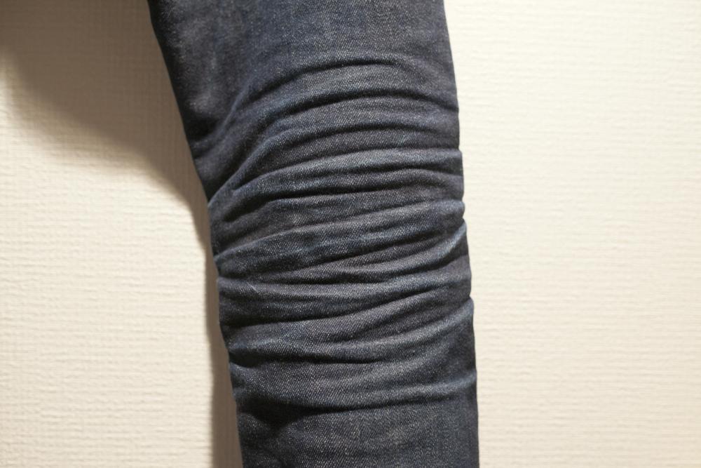 ユニクロ デニム ジーンズ 色落ち 経年変化