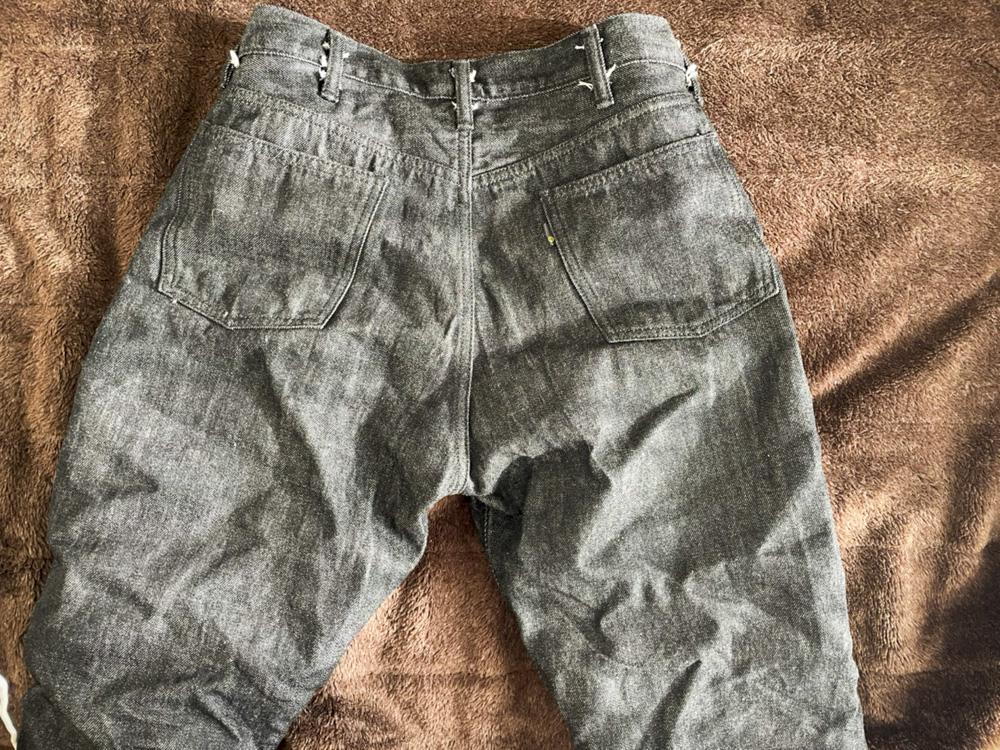 ブラックジーンズ 色落ち 経年変化